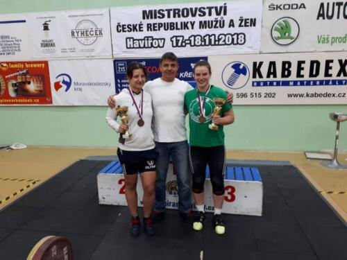 Zleva: J. Švecová, L. Bečvář, M. Skleničková